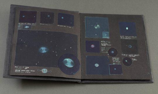 Pozorovací deník 2013 -15, kombinovaná technika, knižní blok.